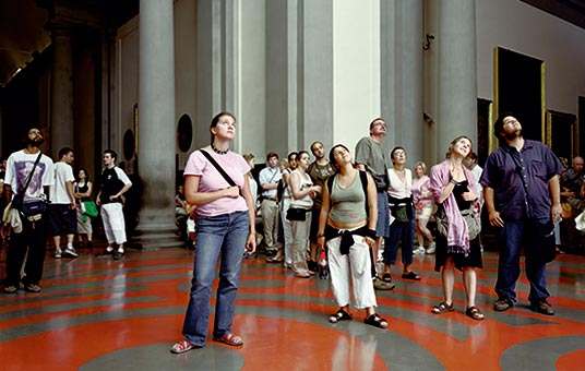 Thomas Struth's large-format photograph of affectless people milling around museum galleries